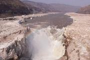 Băng tan, thác nước lớn nhất trên sông Hoàng Hà (Trung Quốc) chảy trở lại