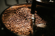 Giá nông sản hôm nay 23/2: Tiêu đồng loạt tăng, cà phê ít thay đổi
