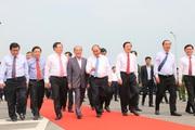 Clip: Thủ tướng Nguyễn Xuân Phúc dự lễ thông xe cầu Cửa Hội bắc qua sông Lam
