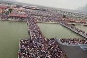 Chùa Tam Chúc 'thất thủ', hàng nghìn người chen nhau đặc kín tham quan, du lịch