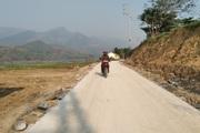 Hiệu quả phong trào hiến đất làm đường giao thông nông thôn ở Chiềng Hoa