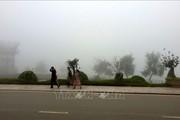 Không khí lạnh tăng cường khiến Sa Pa chuyển rét giữa mùa hè