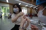 Bộ trưởng Bộ Y tế: Yêu cầu đẩy nhanh tốc độ tiêm vắc xin Covid-19