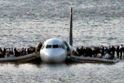 """10 năm vụ máy bay chở 155 người hạ cánh """"liều"""" nhất lịch sử: Ký ức kinh hoàng"""