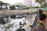 Rơi xuống dòng kênh đen ở Sài Gòn, cần thủ tử vong