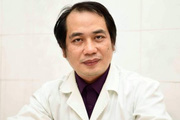 Bác sĩ trong tâm dịch virus Corona ngậm ngùi kể chuyện về đường dây nóng