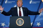 """Ông Trump: Đã """"khóa mục tiêu và lên nòng"""", chờ xác nhận thủ phạm tấn công ở Ả Rập Saudi"""