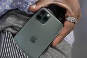 Thời lượng pin iPhone 11 Pro Max đè bẹp các điện thoại Android hàng đầu