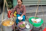 """Món bánh canh dân dã """"được lòng"""" người dân xứ Huế"""