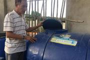 """Chế """"thần dược"""" trị sâu, ông Đài Loan trồng rau ra không kịp để bán"""