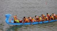 Phú Thọ: Kịch tính giải bơi chải giữa hồ Văn Lang