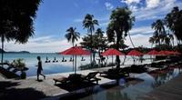 Biển Phuket vắng vẻ đến lạ thường vì dịch Covid-19