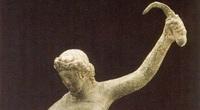 Tại sao bức tượng nữ đấu sĩ La Mã cổ đại lại có tư thế kì lạ?