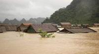 Mưa lũ diễn biến phức tạp khiến giao thông bị ngập lụt tại các tuyến quốc lộ qua Quảng Bình