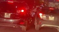 """Va chạm giao thông, Lexus Rx 350 và Vinfast Fadil """"so găng"""" cực nguy hiểm trên phố Hà Nội"""