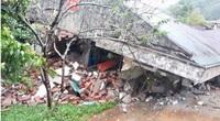 Quảng Bình: Cả quả đồi sụp xuống đồn Biên phòng Cha Lo, nhà đổ nát, hàng chục chiến sĩ thoát nạn