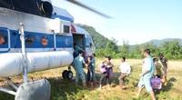 Quảng Trị: Dùng trực thăng đưa 2 cán bộ xã bị thương nặng đi bệnh viện