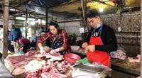 Giá thịt lợn giảm 20.000 đồng/kg, vì sao tiểu thương ở đây cười vui phấn khởi?