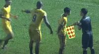 Tin sáng (24/10): VFF chấn chỉnh trọng tài ở giai đoạn về đích của V.League 2020