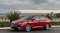 Tư vấn: Nên mua Hyundai Accent số tự động bản thường hay đặc biệt?