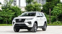 """Ba chiếc xe phân khúc SUV khoảng 1 tỉ đồng """"ăn khách"""" nhất Việt Nam"""