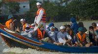 130 người chết do mưa lũ ở miền Trung
