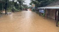 Bình Định: Hàng trăm nhà dân bị ngập 1m trong nước lũ