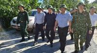 Vào thẳng hiện trường sạt lở Nam Trà My, Phó Thủ tướng Trịnh Đình Dũng nói gì với Trung tướng Nguyễn Long Cáng?