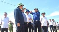 Kiểm tra khắc phục bão số 9 tại Bình Định, Bộ trưởng Nguyễn Xuân Cường: Tỉnh cần hỗ trợ giống rau gì cứ đề xuất