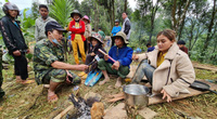 """Lá thư đẫm nước mắt của thầy hiệu trưởng Trường Tiểu học Trà Leng """"vượt"""" 50km đường rừng ra huyện"""
