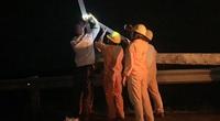 Quảng Ngãi: EVN làm xuyên đêm để thực hiện lời hứa với người dân vùng tâm bão số 9