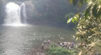 Tìm kiếm người đàn ông nghi rơi xuống thác 7 tầng khi đi câu cá