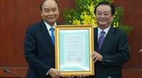 Thủ tướng Nguyễn Xuân Phúc trao quyết định bổ nhiệm ông Lê Minh Hoan giữ chức Thứ trưởng Bộ NNPTNT