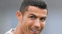 Ronaldo âm tính với Covid-19, sẵn sàng trở lại ngay tức khắc