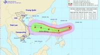 Siêu bão Goni giật trên cấp 17 đang áp sát gần biển Đông