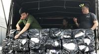 An Giang: Bắt 2 xe ô tô tải vận chuyển 7.000 bao thuốc lá ngoại nhập lậu