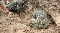Sạt lở tại Trà Leng: Huy động hơn 20 thuyền tìm kiếm thi thể nạn nhân trên sông Tranh