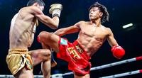 """Clip: Bị Nguyễn Trần Duy Nhất đánh """"gãy chân"""", võ sĩ Trung Quốc thừa nhận sự thật"""