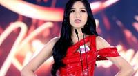 Tân Hoa hậu Việt Nam Đỗ Thị Hà bất ngờ được người tiền nhiệm gửi tâm thư