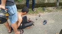 Bị cướp kề dao khống chế, tài xế GrabBike nhanh trí thoát nạn