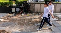 """Đá lát vỉa hè độ bền 70 năm """"vỡ không thương tiếc"""" chỉ sau 3 năm ở Hà Nội"""
