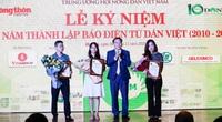 Trao giải Cuộc thi Làm báo cùng Dân Việt