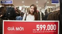 Black Friday: Người dân đổ dồn về trung tâm thương mại để săn đồ hiệu