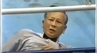 Clip: Võ sĩ đấm nhầm, trọng tài Trung Quốc bất tỉnh trên sàn
