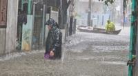 Quảng Nam: Hồ thủy điện, thủy lợi xả lũ, dân lại bì bõm trong nước