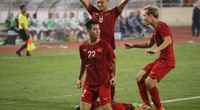 """ĐT Việt Nam thăng tiến trên BXH FIFA, báo chí Indonesia """"châm biếm"""""""