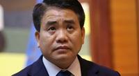 Cựu Chủ tịch Hà Nội đã vứt bỏ thứ gì sau khi lái xe và thành viên tổ thư ký bị bắt?