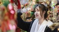 """Không khí Giáng sinh đã đến rất gần trên """"con phố đặc biệt"""" ở Hà Nội"""