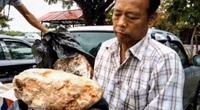 Ngư dân nghèo qua một đêm có tiền tỷ nhờ tìm thấy vật báu trên bãi biển