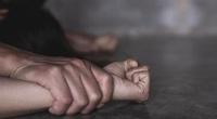 Cô gái trẻ trình báo bị khống chế, hiếp dâm tại quán karaoke